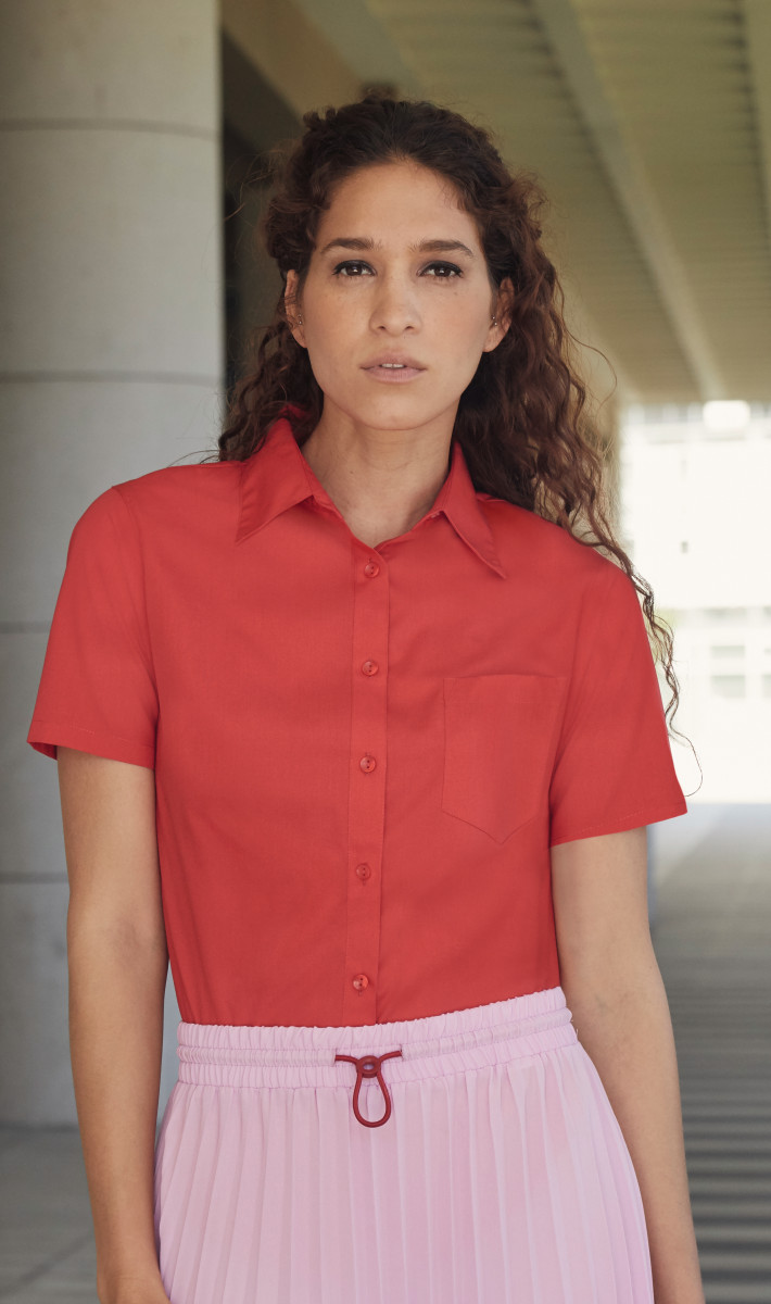 Lady-Fit Short Sleeve Poplin Shirt